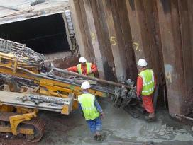 Installing of rock anchors