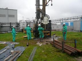Sonic core sampling on contaminated site